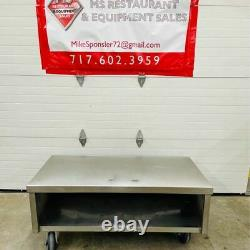 Heavy Duty Stainless Steel Equipment Stand on Heavy Duty Commercial Casters