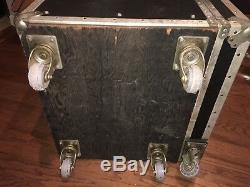 Large Heavy Duty Vintage Black Anvil Road Gear Case withDrawers & Casters Powered